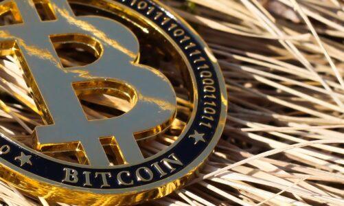 Bitcoin 缕破新高,其核心价值究竟是什么?